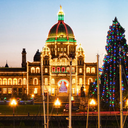 The Victoria BC Legislature buildings at Christmas. Photo credit Nick Kenrick (@zedzap) on Flickr.